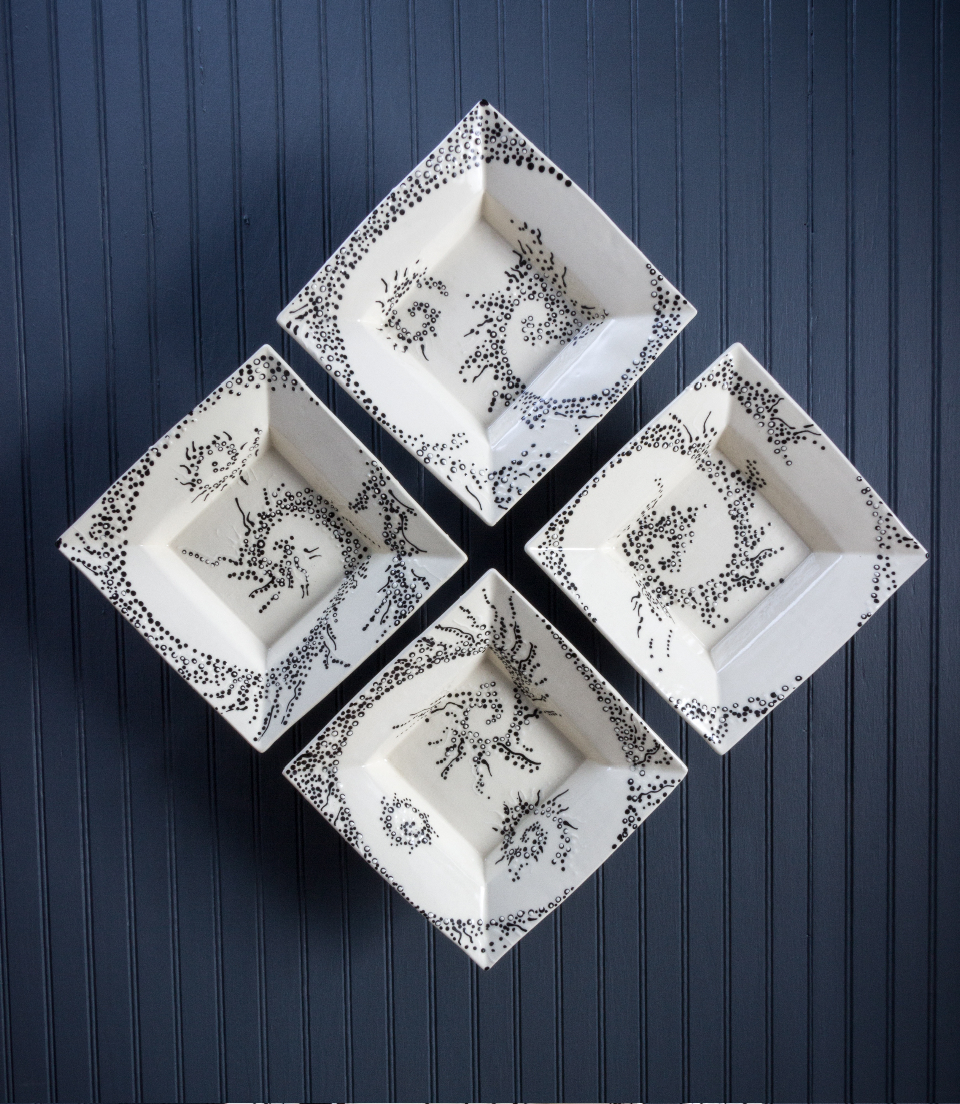 square dish set of four